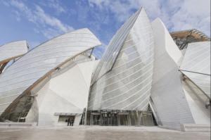 Louis Vuitton Foundation. Paris (Photo from Art-Days.com)